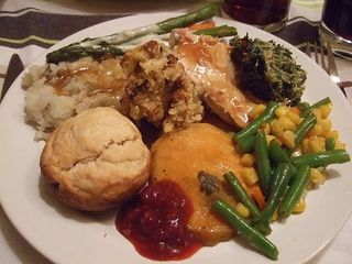 Holiday-dinner-lg