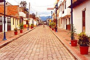 Cotacachi_street2_300w