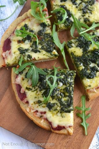 Foolproof-quinoa-pizza-crust-made-with-only-5-ingredients_-Gluten-free-and-vegan_-Find-the-recipe-on-NotEnoughCinnamon_com3_